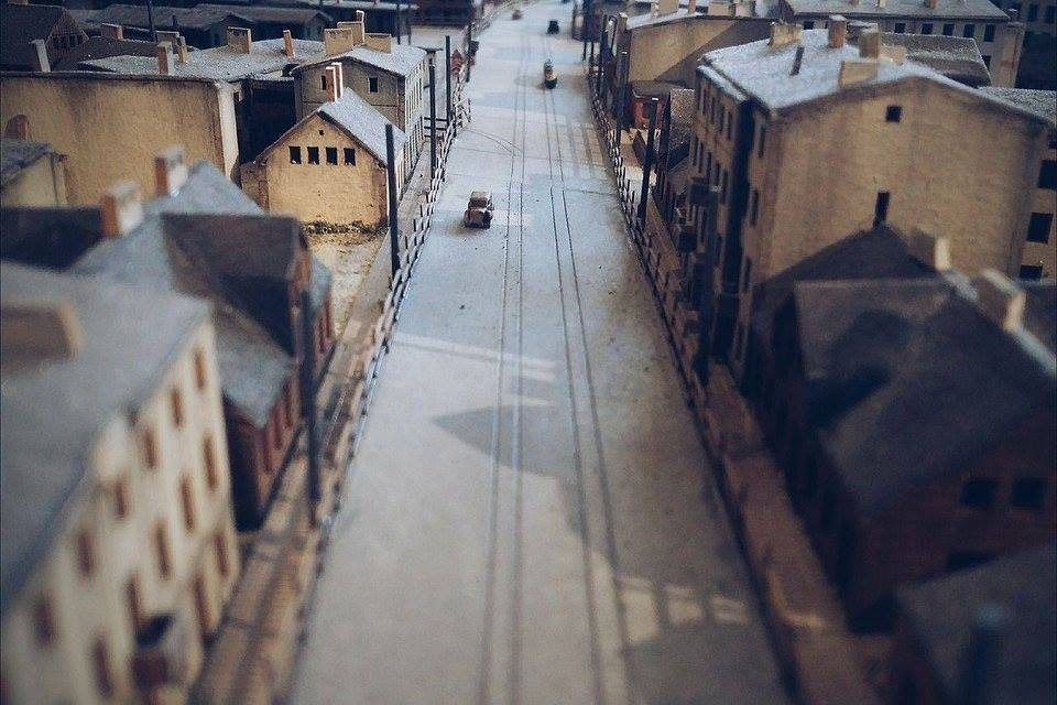 Fig. 6: Model of Litzmannstadt-Ghetto, detail. Photograph by Zofia Trębacz (Radegast Station Museum)