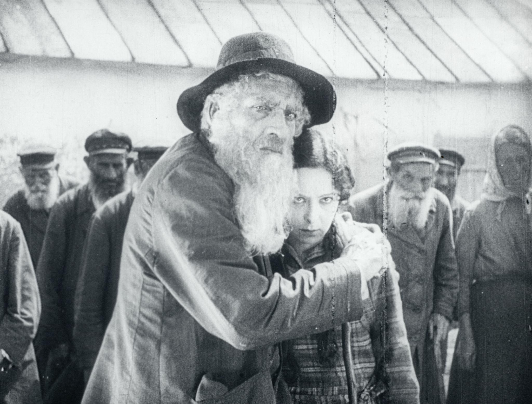 Fig. 15: Piat nevest, Aleksandr Solovev, 1929 (Gosfilmofond)